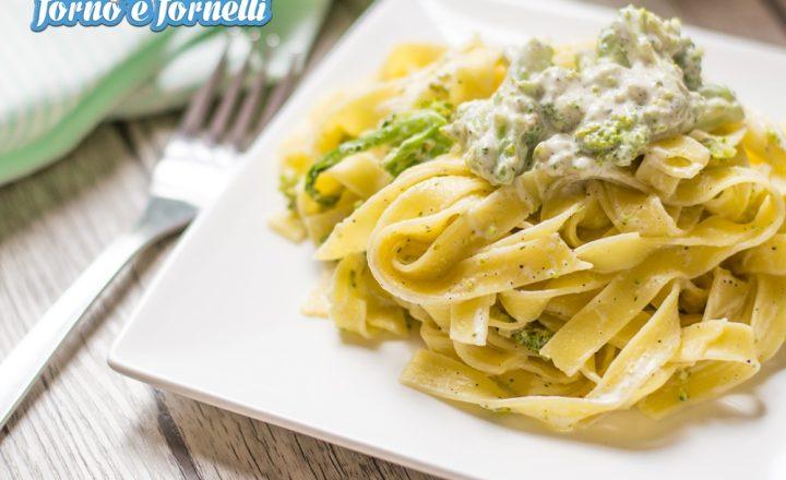 Pasta ai broccoli cremosa