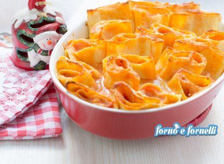 Nidi di lasagne mozzarella e pomodoro
