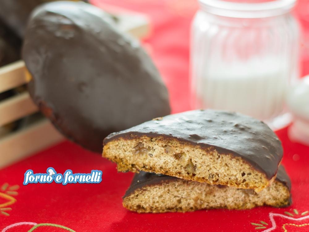 Susumelle al cioccolato, dolce tipico calabrese natalizio