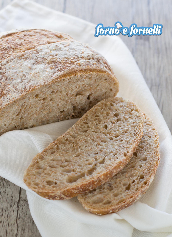 pane integrale con lievito madre o