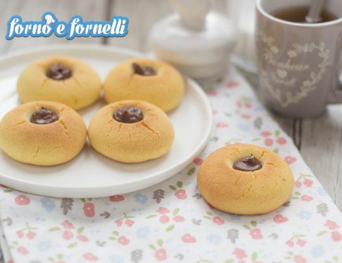 Biscotti al burro alla Nutella