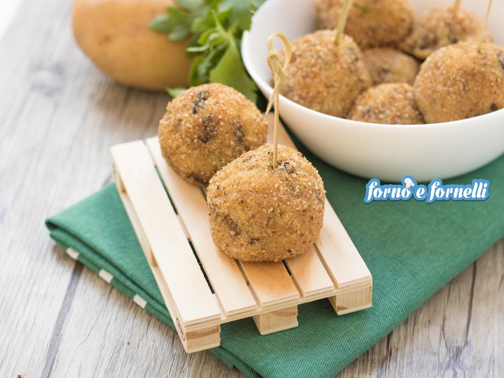 Polpette di funghi e patate al forno