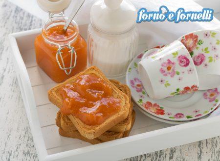 Marmellata di albicocche con poco zucchero