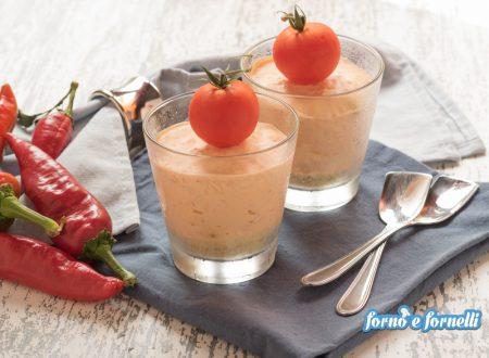Cheesecake ai peperoni nel bicchiere