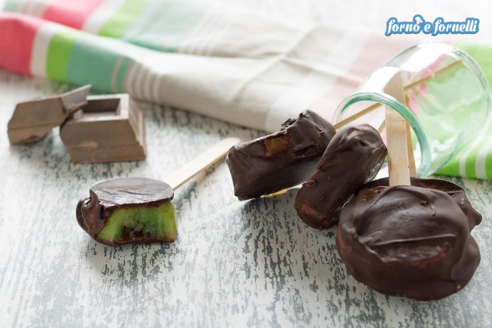 Kiwi ricoperti di cioccolato un modo originale di servire - Bagno di cioccolato ...