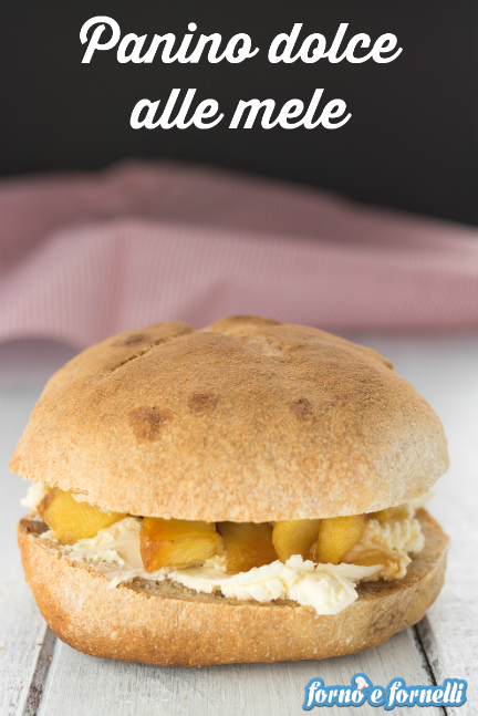 Panino dolce alle mele