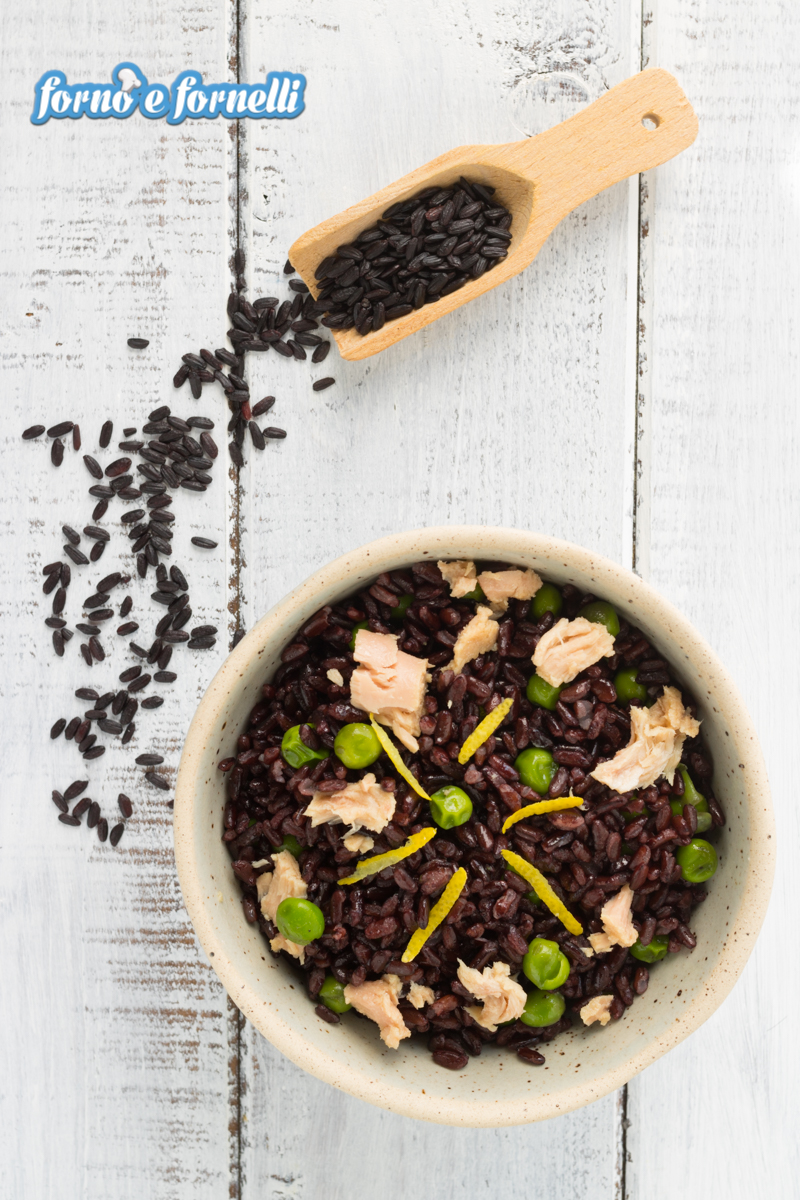 Insalata di riso venere tonno e piselli