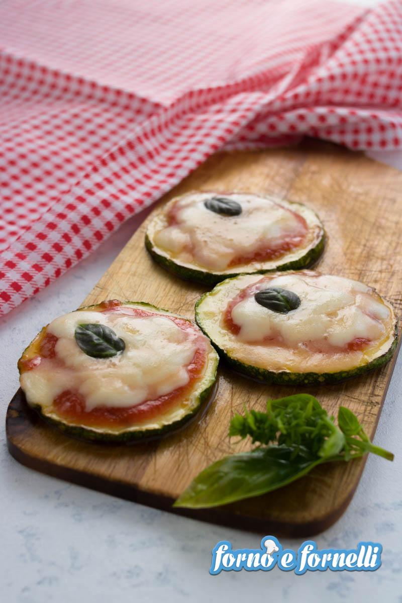 pizzette di zucchine in padella