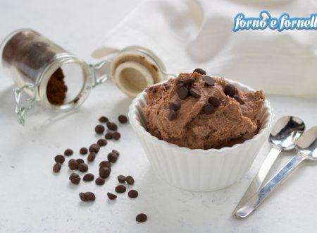 Mousse di ricotta al cioccolato, 2 versioni golosissime