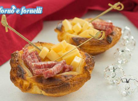 Cestini di sfoglia ai formaggi e salumi