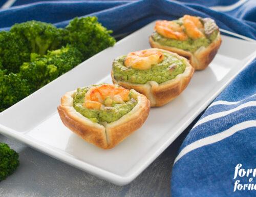 Cestini di pasta sfoglia con gamberetti e broccoli