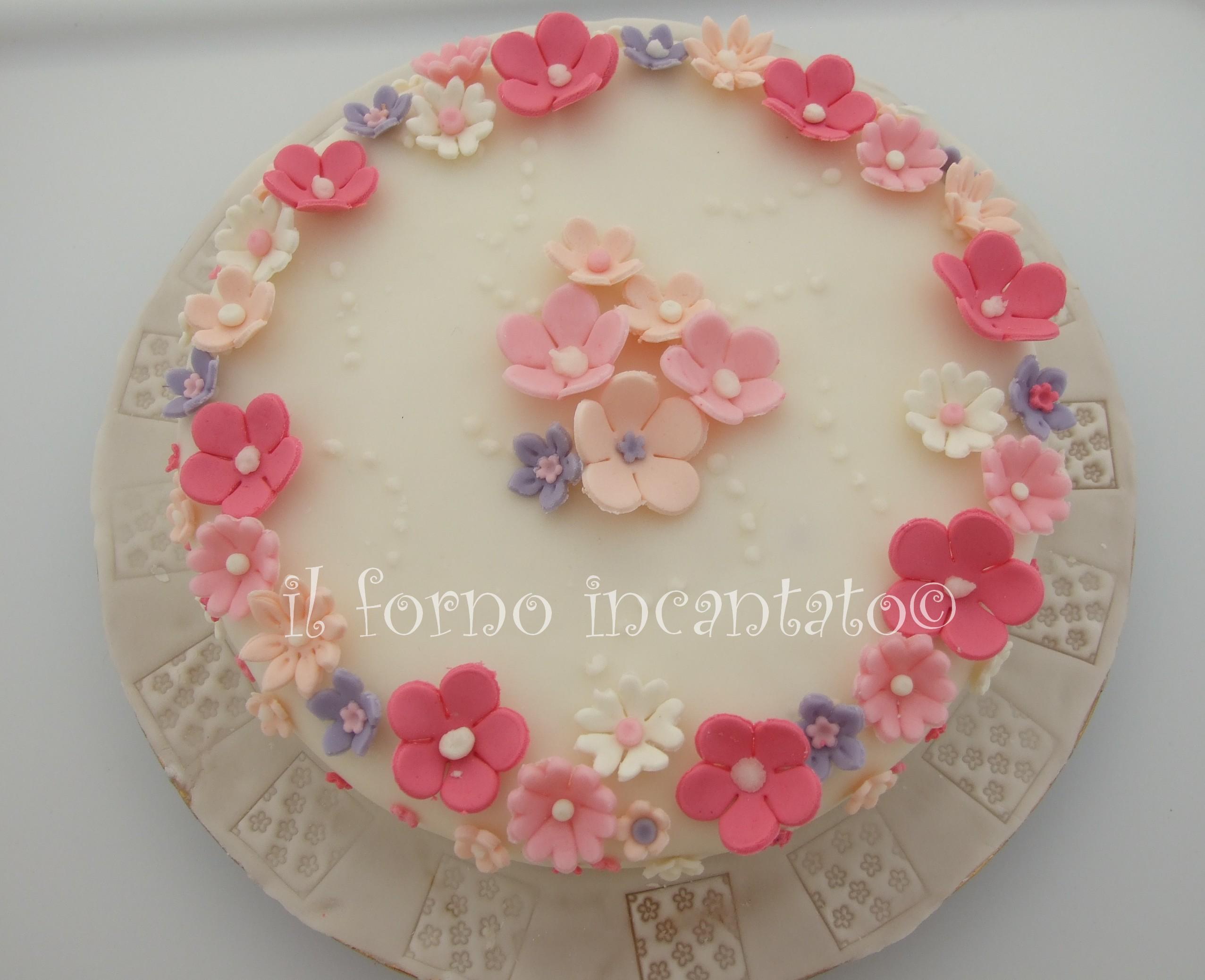 torta fiori pasta di zucchero