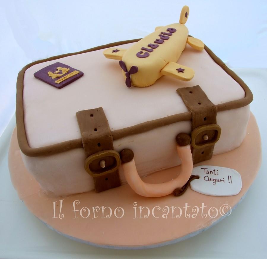 torta  decorata valigia