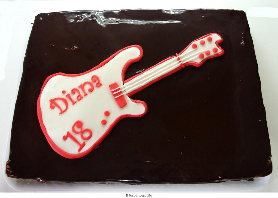 torta 18 anni chitarra