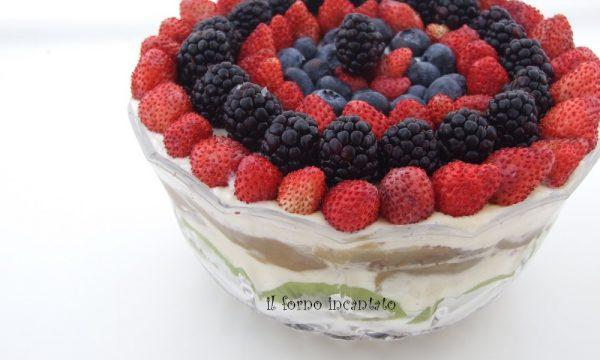 Coppa crema e frutta