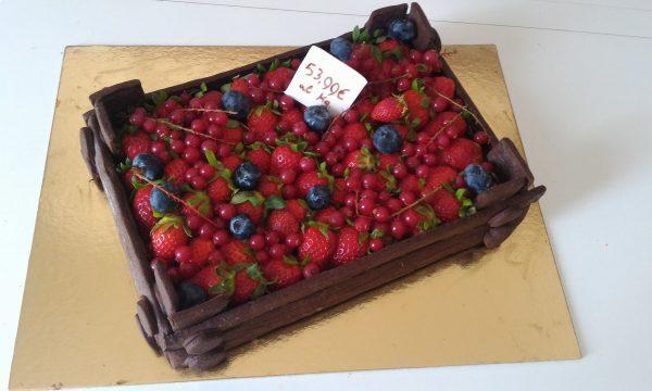 Torta cassetta di frutta (ovvero come ti nascondo una cheesecake)