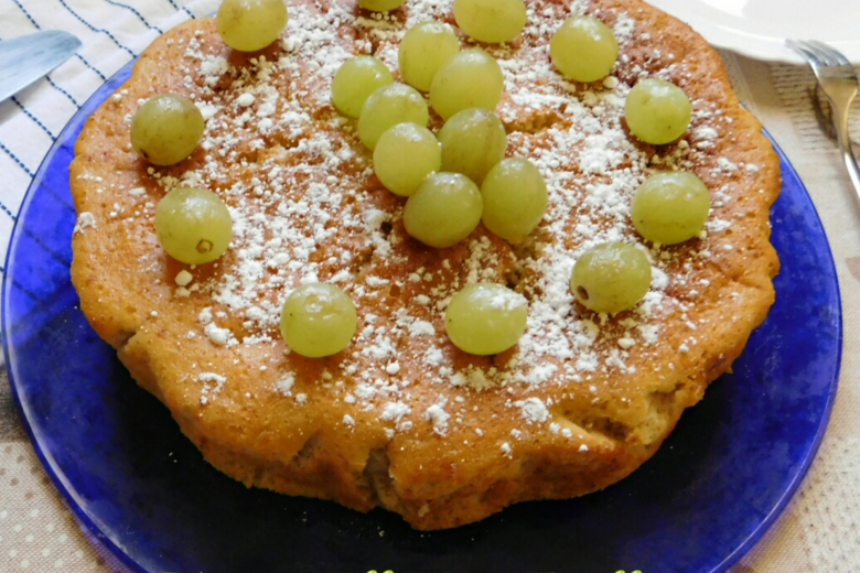TORTA ALL'UVA FRULLATA