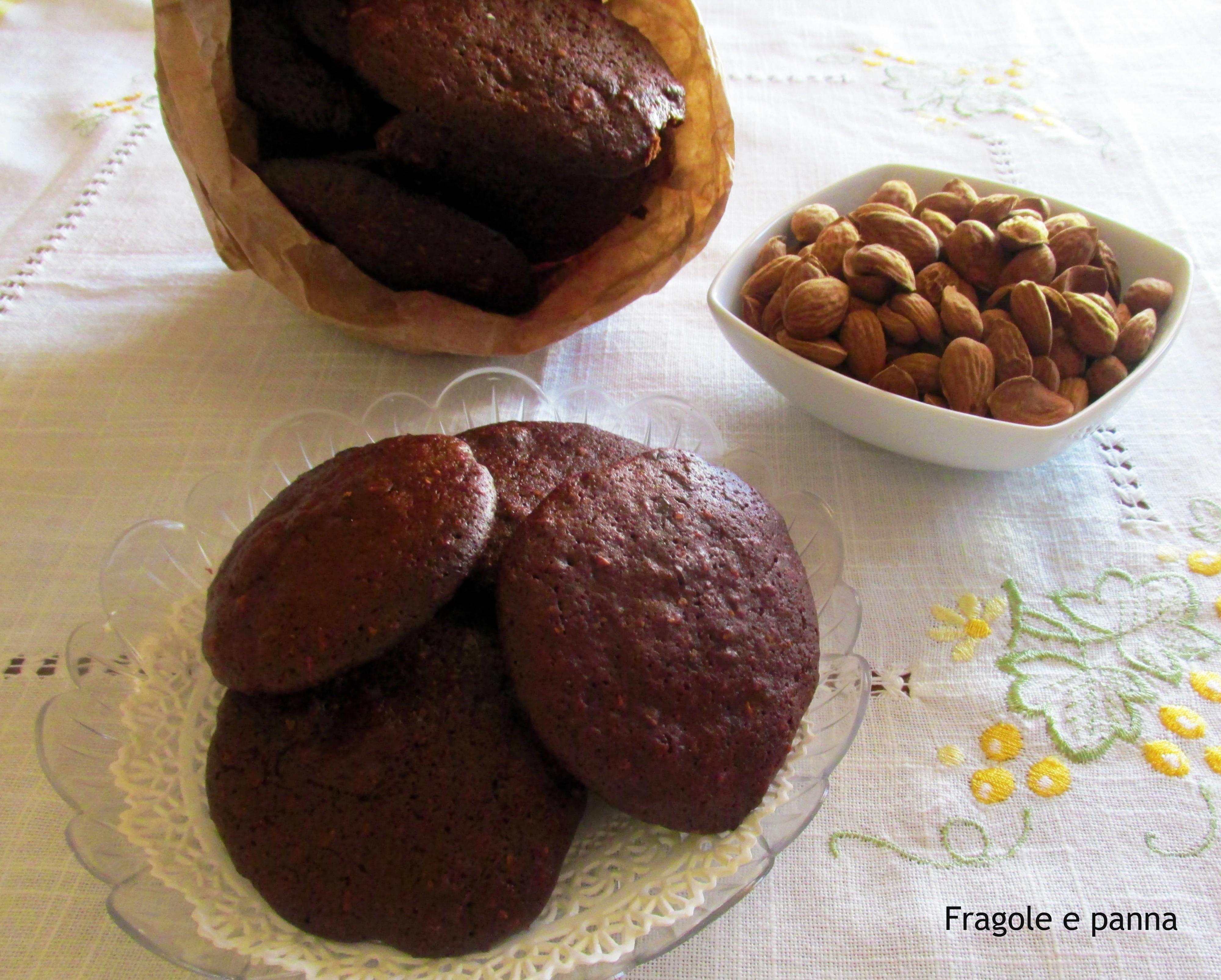 I dolci tipici terlizzesi sasomelli o sussumìdd