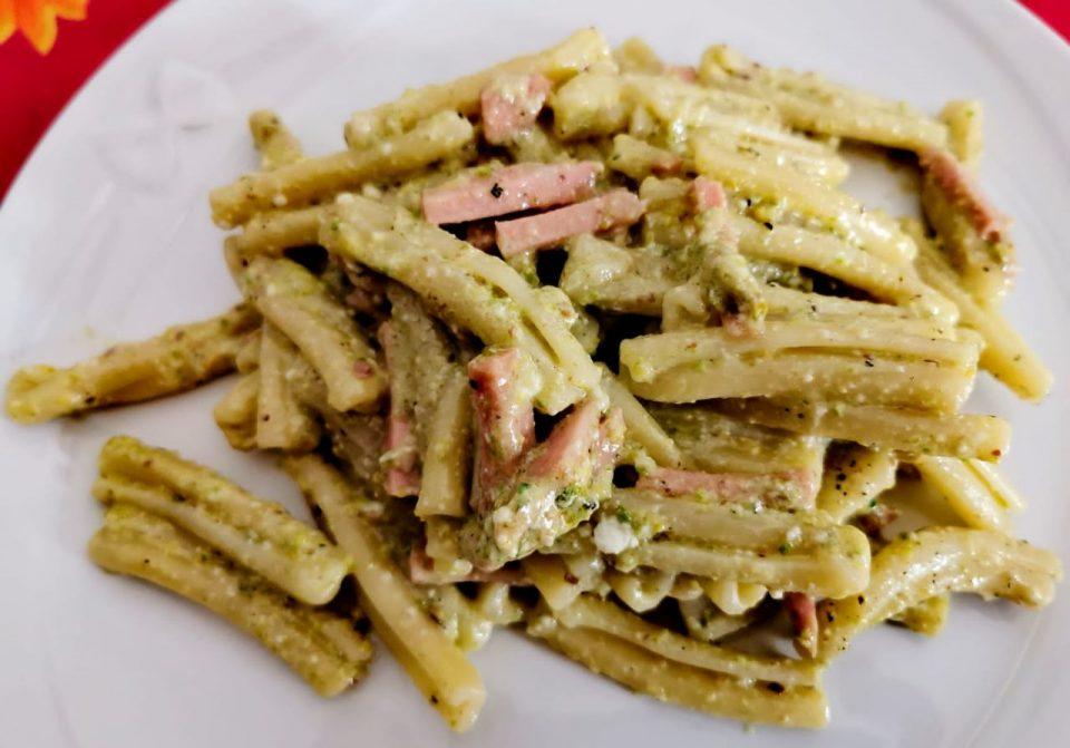 casarecce con pesto di pistacchi