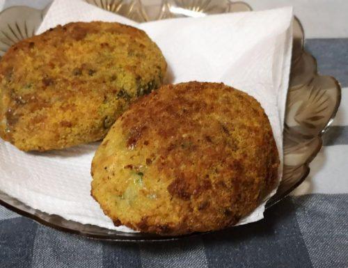Arancini con spinaci e mozzarella (fritti nella friggitrice ad aria)