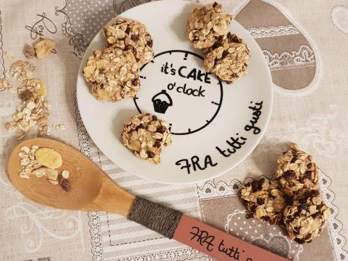 Biscotti veloci con muesli e banana