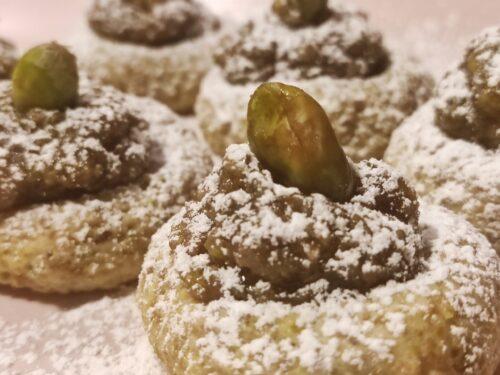 Pistacchiotti  dolcetti morbidi con crema al pistacchio