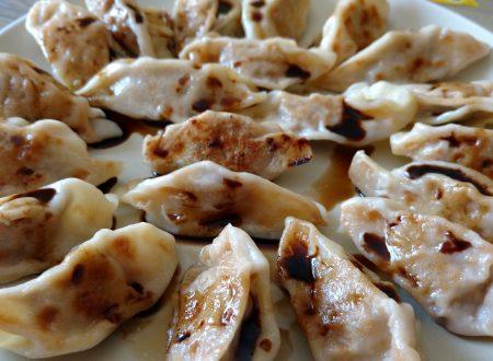 Dumpling alla piastra (Ravioli Cinesi)
