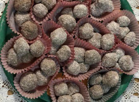 Palline di ricotta, cacao e cocco