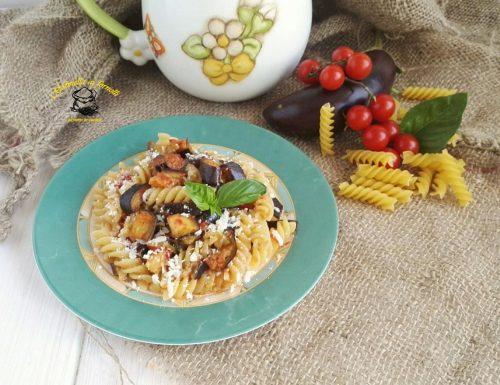 Melanzane a funghetto con pasta
