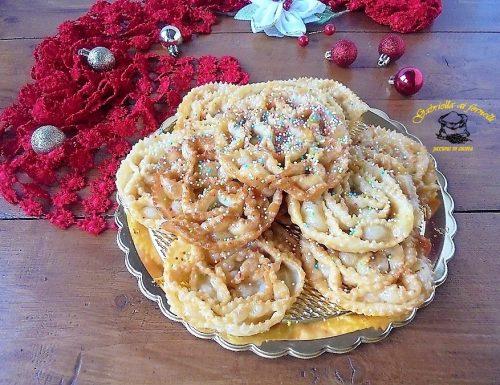 Cartellate pugliesi dolce tipico natalizio