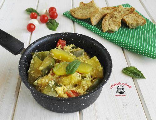 Zucchine con uovo ai sapori dell'orto