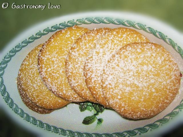 Biscotti di farina di mais al limone