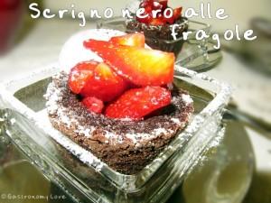 muffin scrigno nero alle fragole