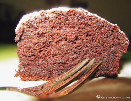Torta al cacao senza uova e senza burro