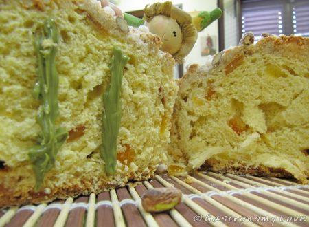 Colomba a lunga lievitazione con crema di pistacchio