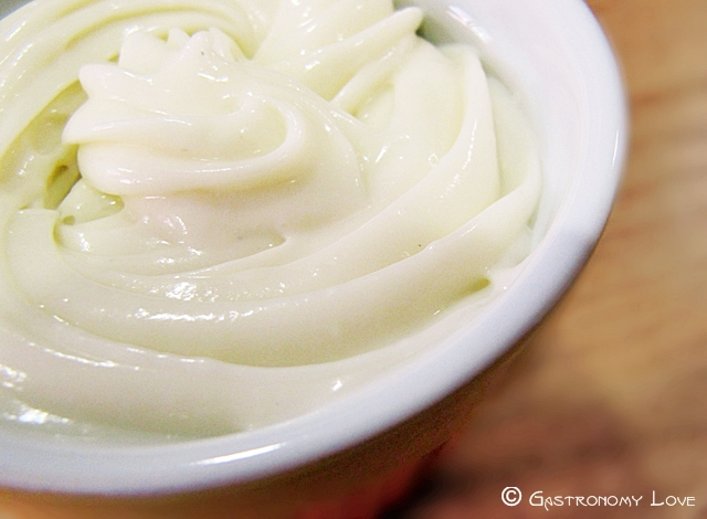 Crema pasticcera al cocco e limone