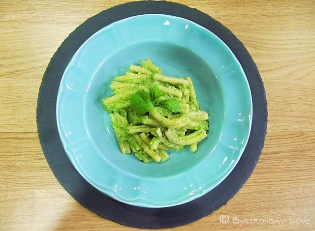 pasta al pesto di zucchine crude 2