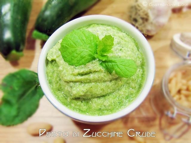 pesto di zucchine crude 1