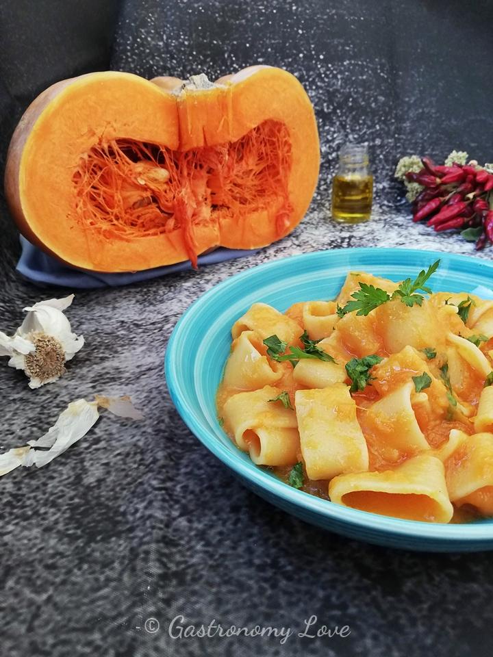 Pasta con la zucca ricetta tradizionale