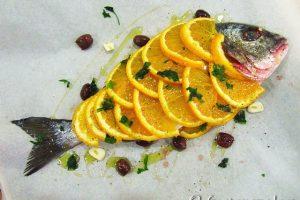 Orata all'arancia e olive nere