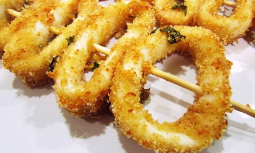 Spiedini di anelli di totano al forno: buoni come quelli fritti