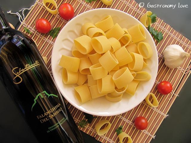 Calamarata_vino consigliato Falanghina del Sannio Cantine Sebastianelli