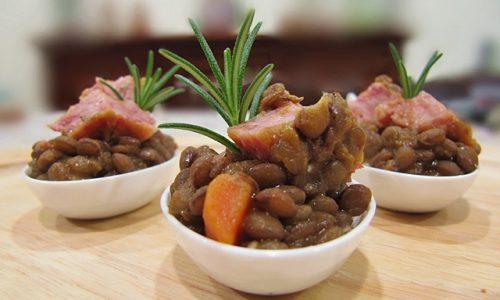 Lenticchie e cotechino finger food