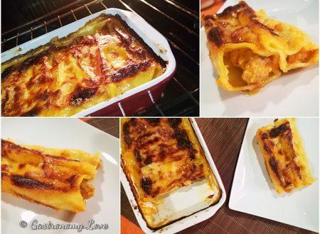 Cannelloni alla zucca con salsiccia e ricotta