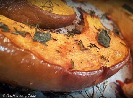 Zucca al forno: quando la buccia è il pezzo forte!