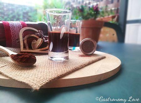 Crema di liquore al cacao: facile, veloce e golosissima!