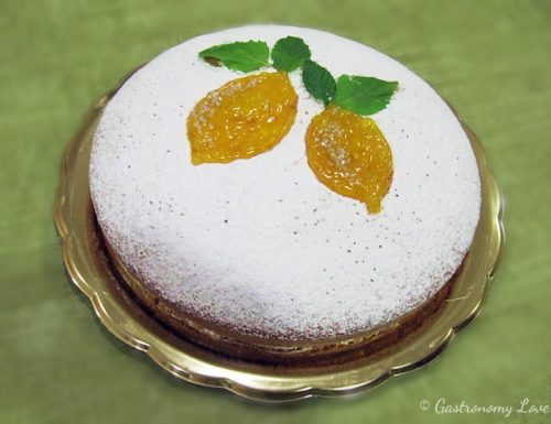 Torta soffice con gelatina al limone