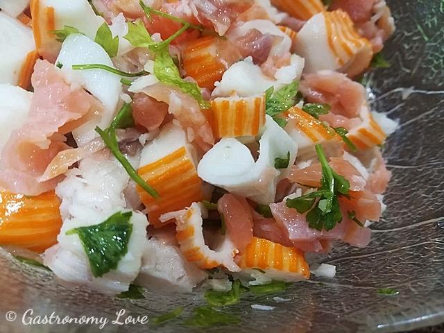 Insalata di merluzzo e salmone affumicato