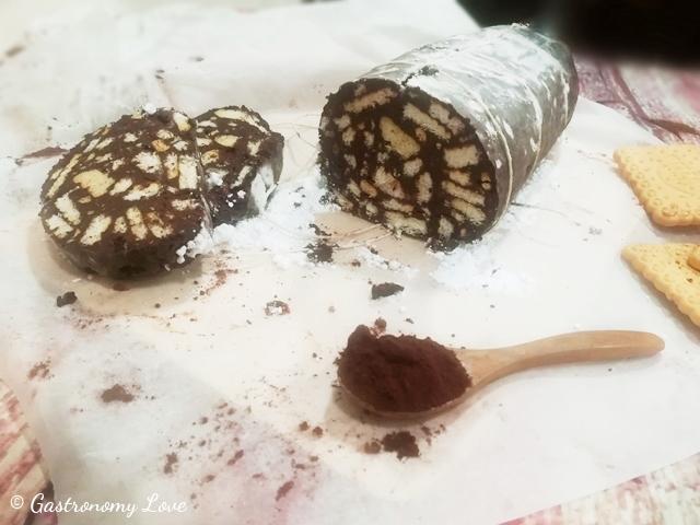 Salame al cioccolato senza uova e senza cottura