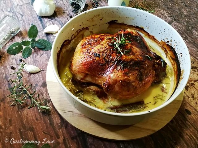 Pollo al latte cotto al forno